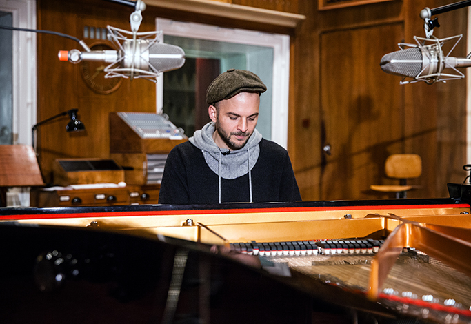Nils Frahm live at Funkhaus Berlin by Yvonne Hartmann